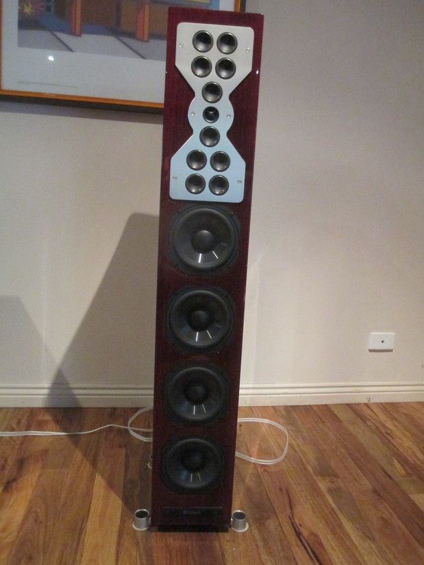Mcintosh XR100 towers